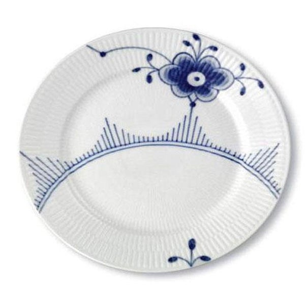 Image of Fluted Mega -- Salad/Lunch Plate II