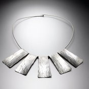 Image of Medium Collar Necklace