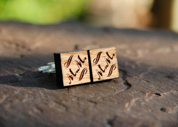 Image of Personalized Men's Oak Wood Cufflinks - Square