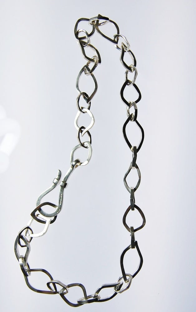 Image of Tratti Silver Links Necklace