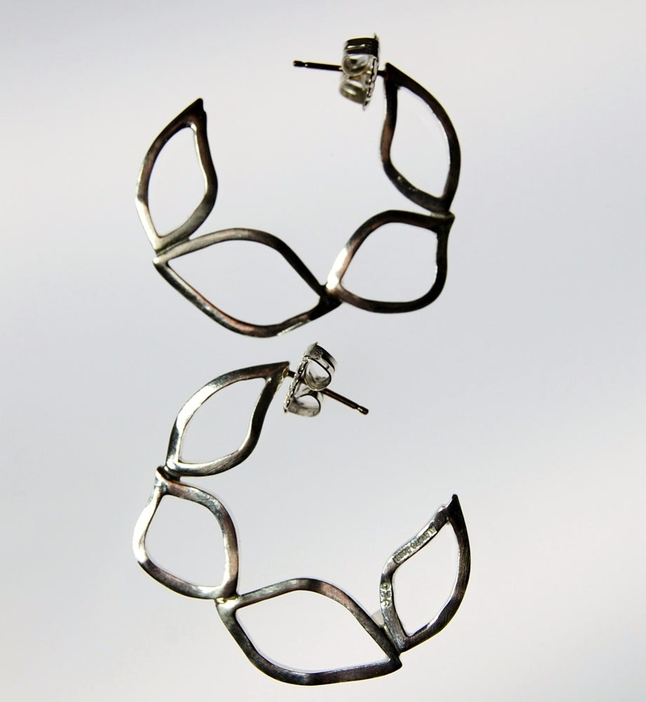 Image of Tratti Silver Flat Hoops Earrings