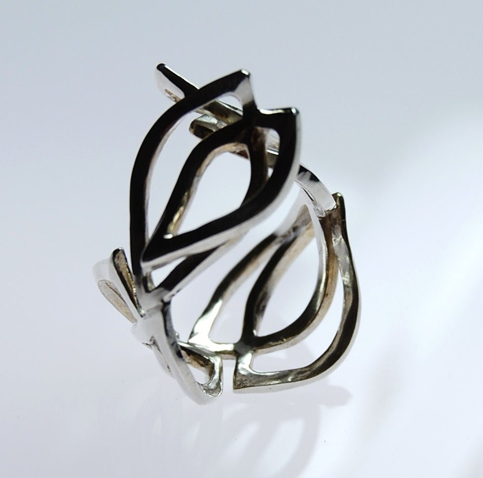 Image of Tratti Silver Ivy Ring
