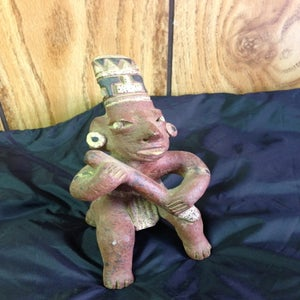 Image of Aztek Statue