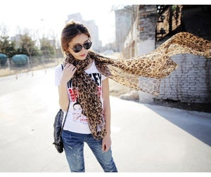 Image of Leopard Scarf