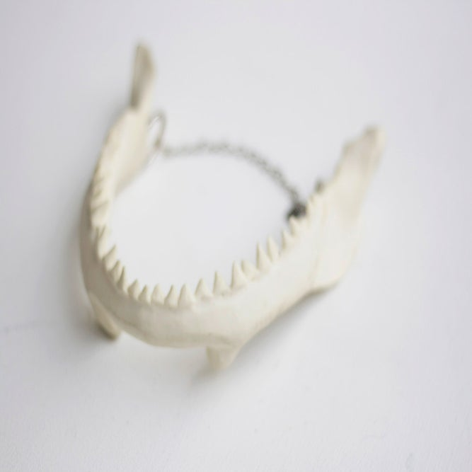 Image of Jaws Necklace