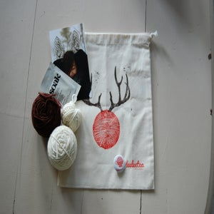 Image of Oh Deer! Knitting Kit