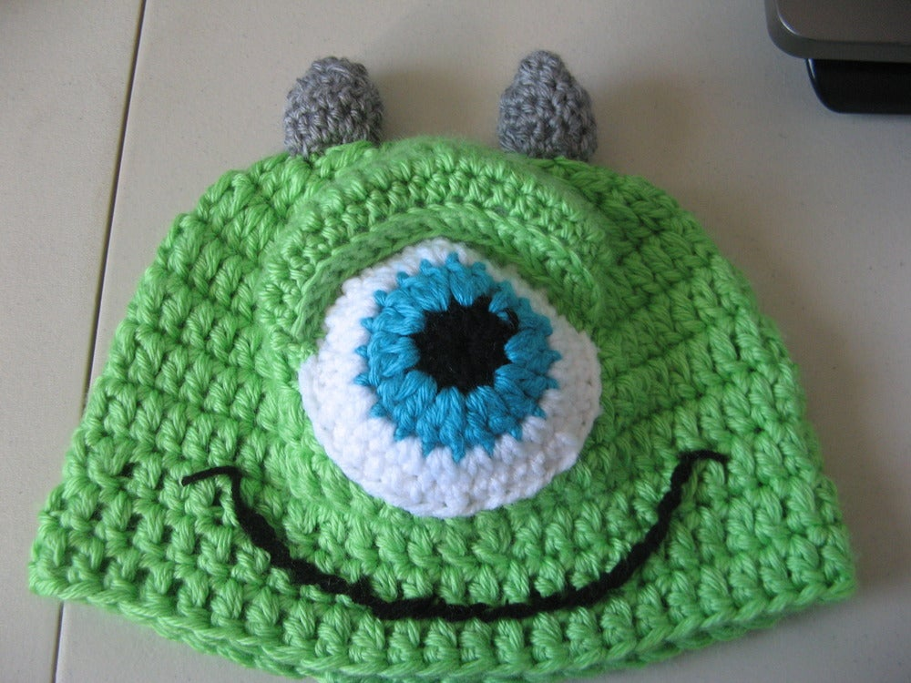 Yoli's Heart — Crochet Green One Eye Monster PDF Pattern