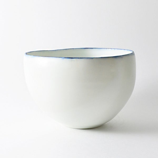 Image of porcelain bowl with cobalt rim
