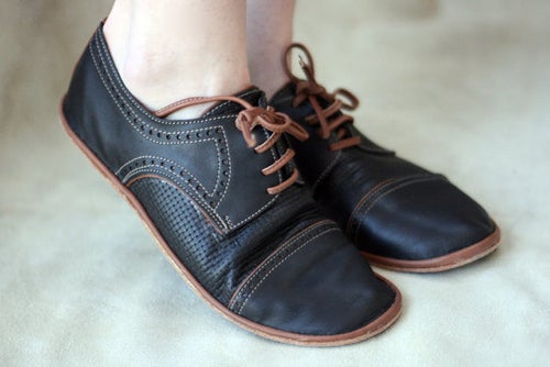 Image of Toecap Brogue Derby Shoes - Chaplin in Black and Brown
