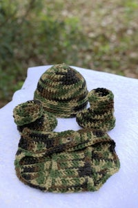Image of Camouflage Diaper cover set, includes hat and booties.