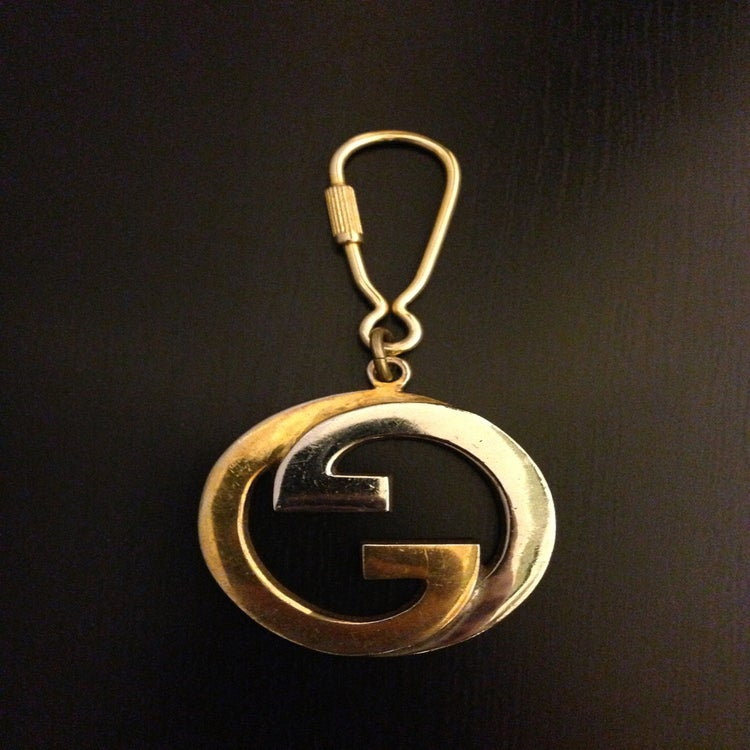 Gucci Logo Gold Gucci Logo Gold Image of