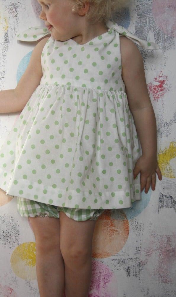 Image of Rabbit Top-green dot