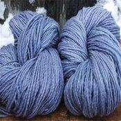 """Image of Laine mérinos """"Magical"""", teinture végétale,coul. bleu nostalgie"""