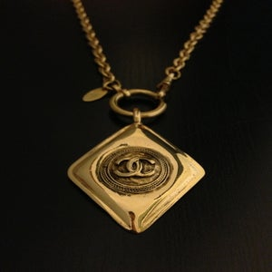 Image of Vintage Chanel Gold Diamond Shaped Pendant Chain