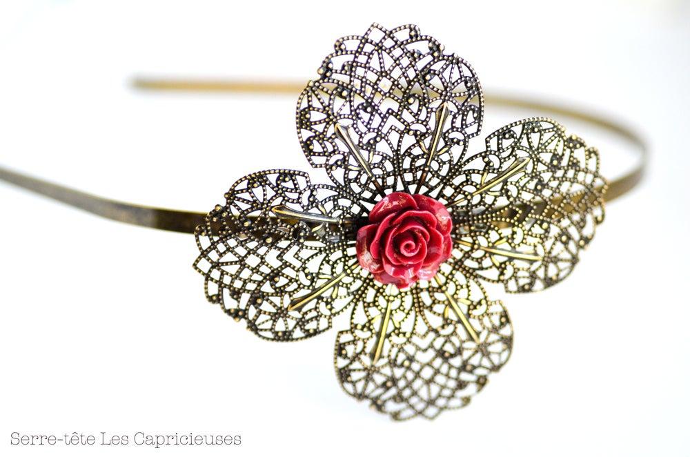 Image of Serre-tête grande fleur filigranée esprit rétro coloris bordeaux