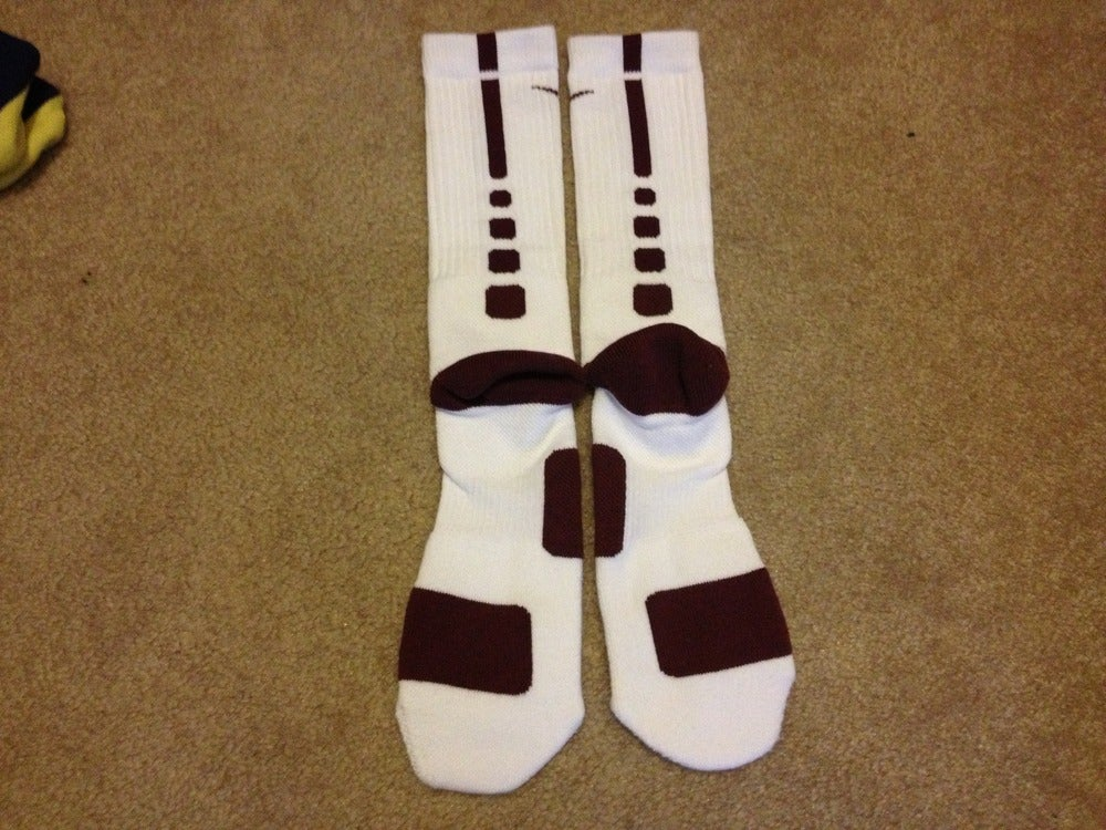 White nike elite socks