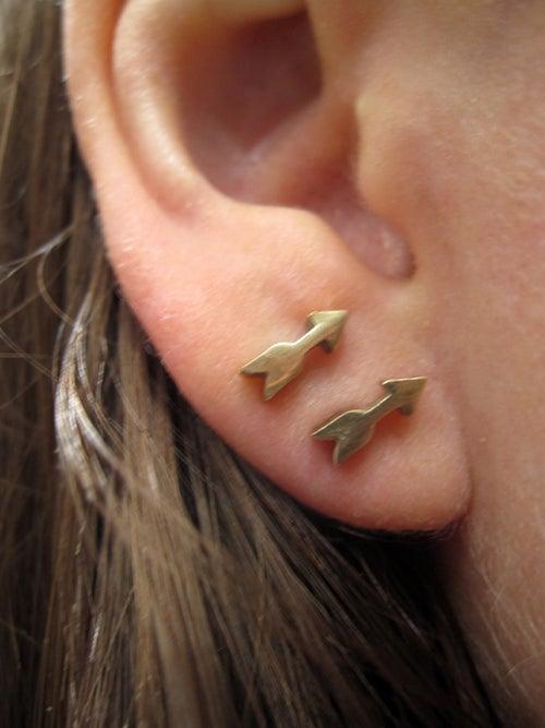 Image of ARROW stud earring