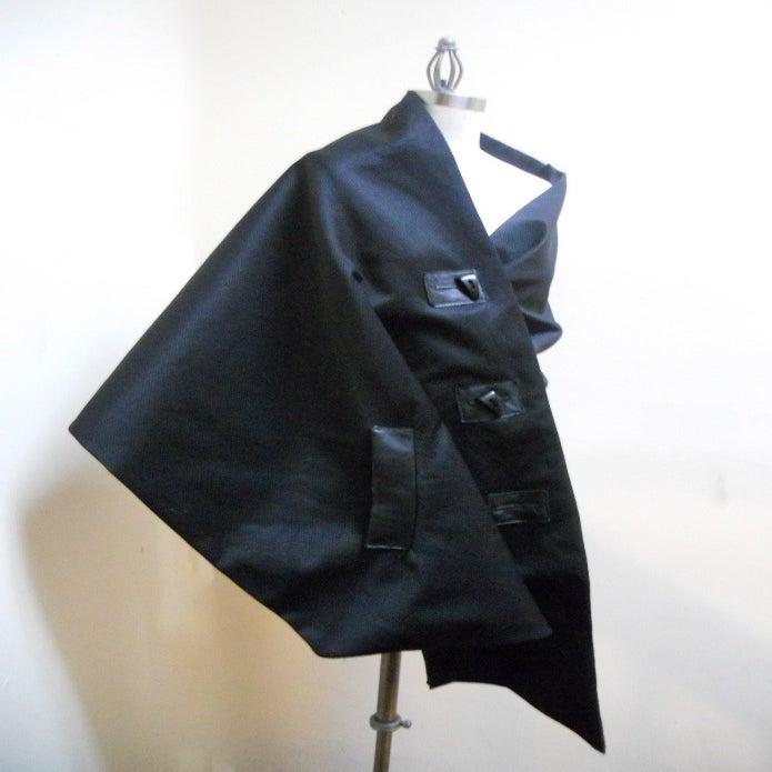 Image of MARIA SEVERYNA -  ANDI Wrap Cape