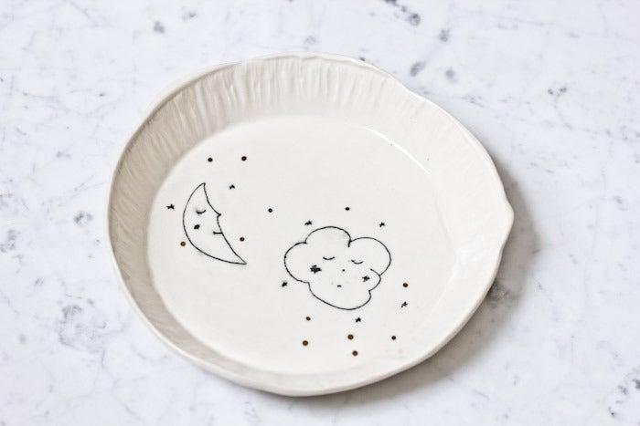 Image of L'assiette en porcelaine nuage // Bone china plate cloud