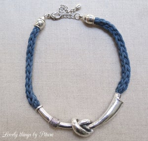 Image of Collar hilo de algodón azul petróleo