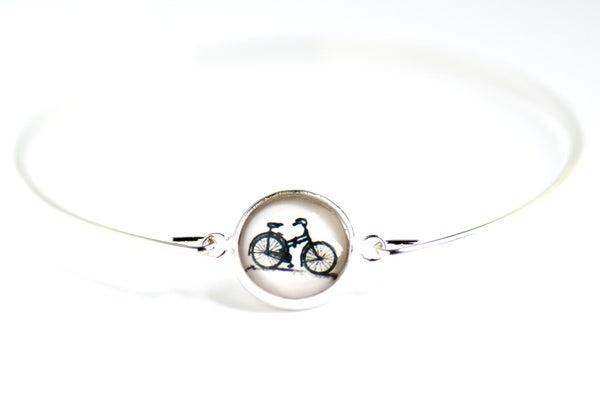 Image of Bracelet fin illustration bicyclette, laiton argenté