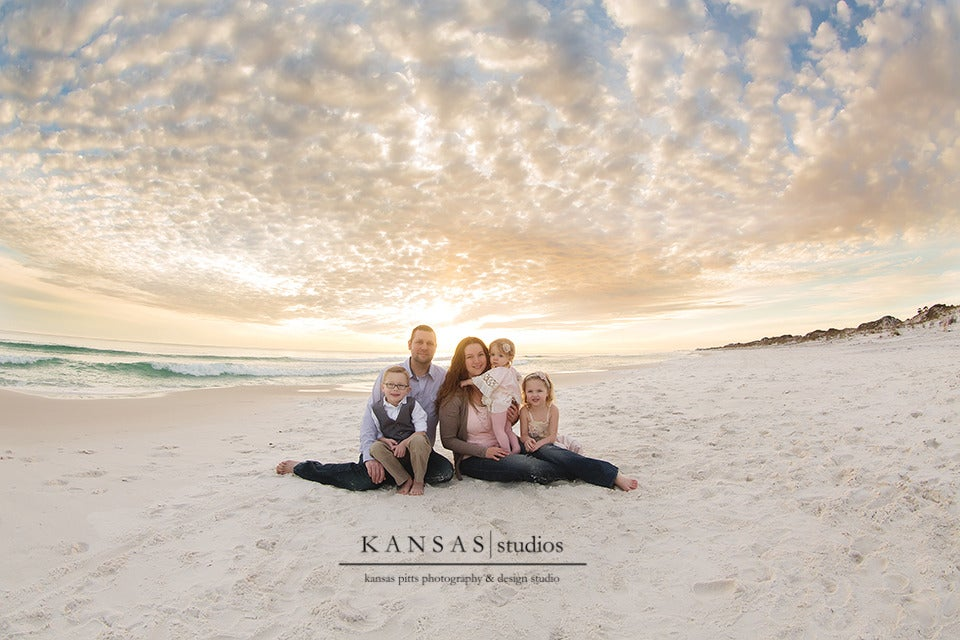 Image of Family Session | Hour Session