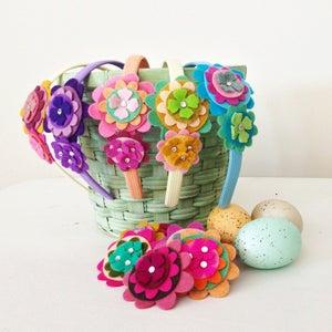 Image of Easter Bakset Flower CLIPS